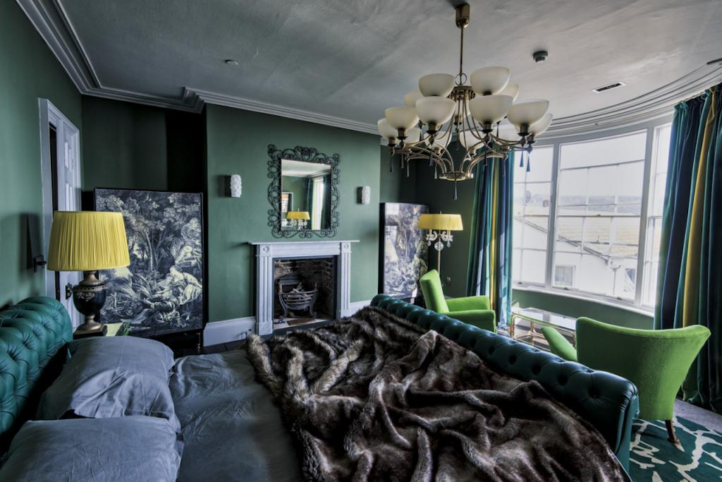 The House In Hastings Stylish Holiday House For 10 In