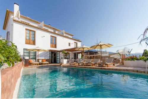 swimming pool hotel la serena