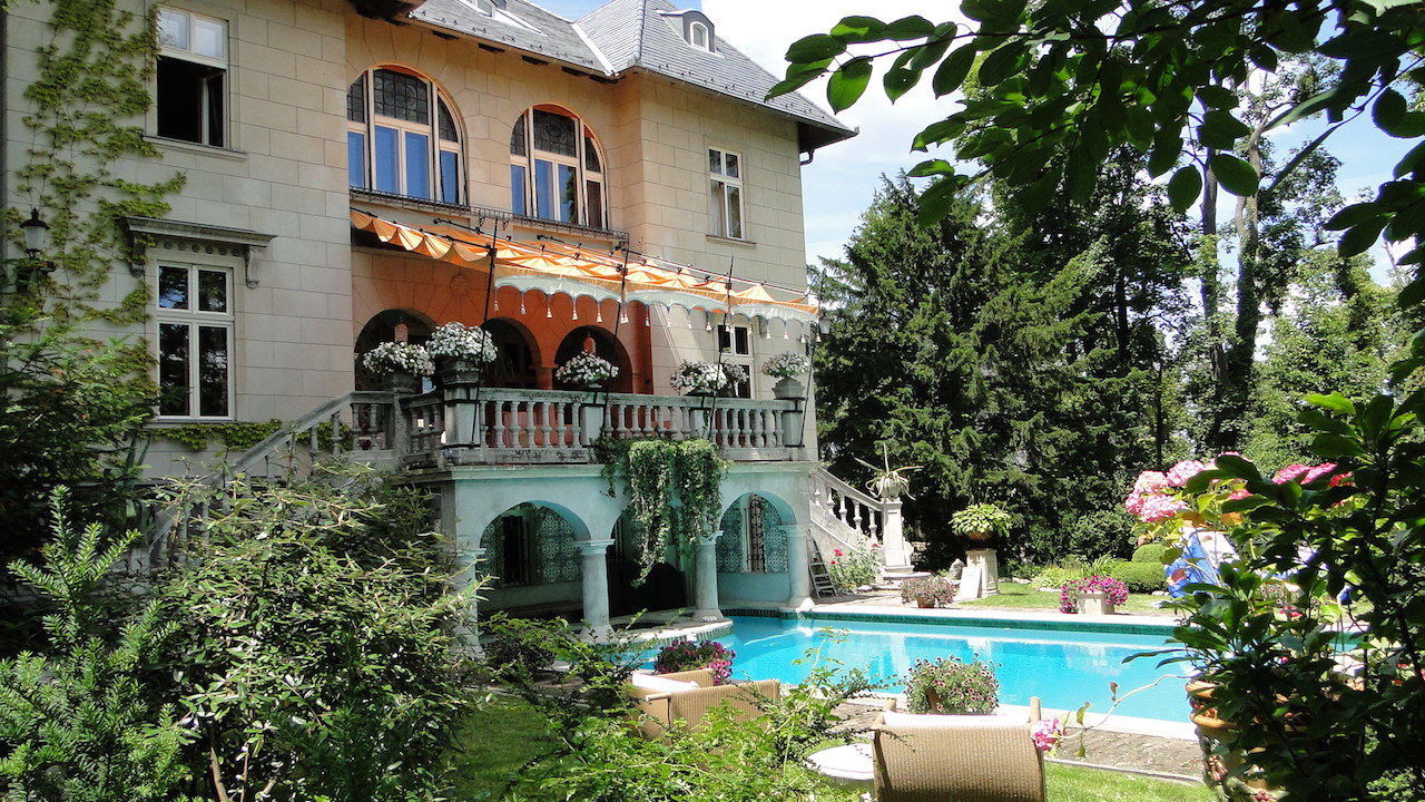 Intimate Wedding Venues In Europe For A Small Wedding